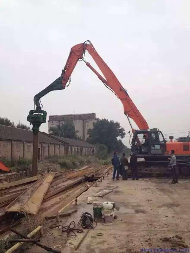 12-18 Meter Sheet Pile Vibratory Hammer , Steel Sheet Piling Hammers For Excavators